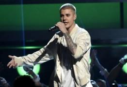 PRESENTE DE BOAS VINDAS: Pensando em voltar ao Brasil, Justin Bieber tem seu processo reaberto pela Justiça do Rio