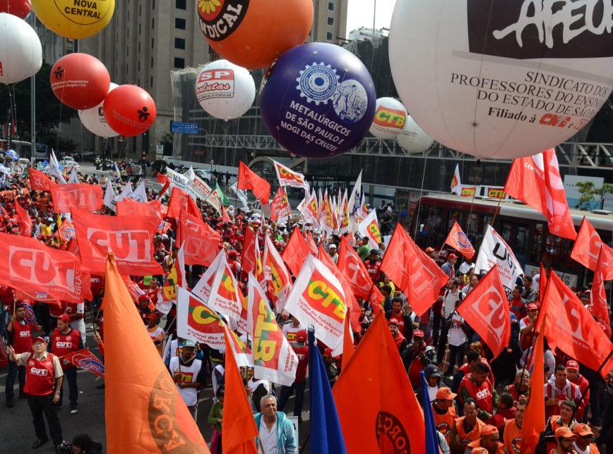RR Ato Dia Nacional Lutas CUT Forca Sindical 2016 avenida Paulista Sao Paulo 00616082016 868x644 - Sete entidades paraibanas vão participar de Assembleia Nacional contra o fim da aposentadoria