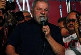 Lula fez retirada de quase R$ 1 milhão em 2015 de empresa de palestras