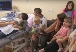 Maior família do Reino Unido se prepara para receber o 20º filho
