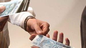 recebendo pagamentos como dropshipper 300x169 - Delator diz que pagamentos em espécie eram feitos até em 'cabaré'