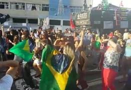 VEJA VÍDEO: Manifestantes protestam contra a Reforma da Previdência Social
