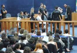 Homem confessa o assassinato de estudante universitária e é condenado a 23 anos de prisão