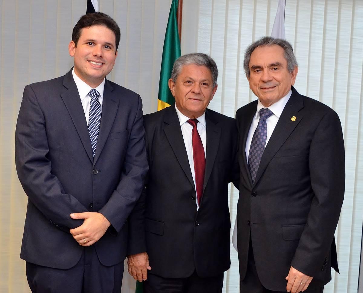 Lira Verissinho Hugo - Lira recebe prefeito de Pombal e trata de obras, recursos e ações para a cidade e da recuperação do Açude do Estreito