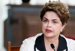 Dilma Rousseff ministra aula inaugural de curso em João Pessoa