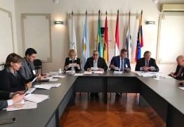 Rômulo participa de sessão do Parlasul e vota repúdio a paraguaios
