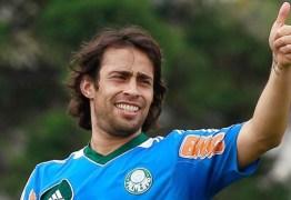 Disposto a voltar para o Brasil Valdivia estaria na mira de clubes da série A