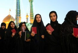 TV iraniana exibe filme com mulheres sem véu em pleno Ramadã