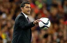 Novo técnico do Barça promove brasileiro e anuncia lista de dispensa