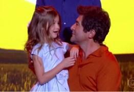 VEJA VÍDEO: Filha de Daniel canta Adele e surpreende plateia