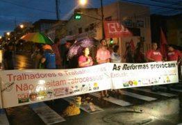 Greve Geral na Paraíba é marcada por rodovia interditada e Terminal de Integração fechado