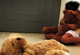 Para salvar irmã, jovem torturada por padrasto denuncia agressões