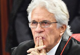 Mensagens sugerem tentativa de compra de decisões em tribunais pela JBS