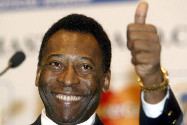 pele 1 - Perto de completar 80 anos, Pelé agradece por estar com saúde e lúcido