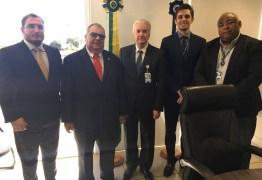 Rômulo participa de encontro da Confederação Nacional de Municípios