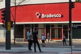 1447332770658 - VEJA VÍDEO: Servidores paraibanos contam por que preferiram abrir contas no Bradesco