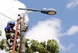 Projeto Ilumina Conde segue em Carapibus durante esta terça-feira