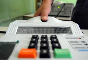 biometria 1 300x205 - Eleições 2018: Biometria será obrigatória na Paraíba
