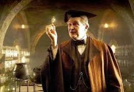 Ator que interpreta professor de Harry Potter faz participação em Game of Thrones