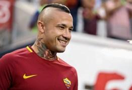 Apesar das especulações Nainggolan renova com a Roma até 2021