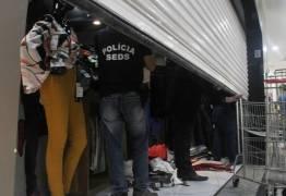 'Operação Vitrine' apreende roupas suspeitas de falsificação em lojas de João Pessoa