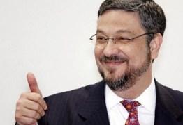 Palocci manda chamar PGR e diz que entregará seis ministros do Supremo
