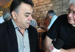 ASSISTA: Senador peemedebista chama deputados de 'canalhas' por venderem os votos para Temer