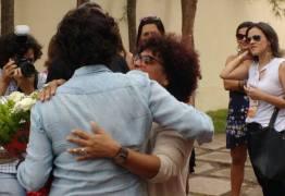 Mulheres Socialistas fazem ato de desagravo e apoiam deputada estadual Estelizabel Bezerra antes do Congresso Municipal