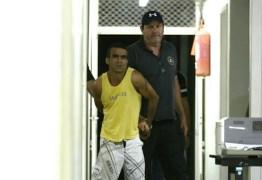 Assassinos de servidora queriam trocar objetos roubados por drogas