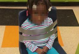 CENA CHOCANTE: Pais encontra filha presa em cadeira com fita adesiva na creche