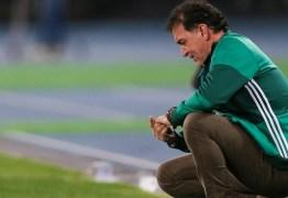 Após mais uma derrota, Palmeiras banca técnico Cuca