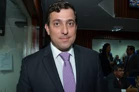 gervasio maia - Gervásio Maia afirma que 'uma grande ala de PMDB permanece ao lado do governo estadual'