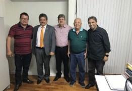 Prefeito e ex-prefeito de cidade do Cariri anunciam apoio à candidatura de João Azevedo