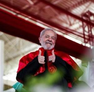 lula caravana 300x295 - Ministério Público pede que Lula seja absolvido