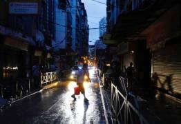 CHINA: Tufão atinge Macau e Hong Kong e deixa mais de 15 mortos