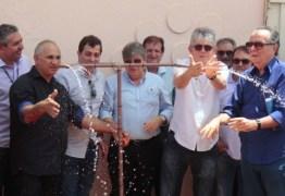 RC inaugura adutora e Casa do Lar em Itaporanga e autoriza licitações na região