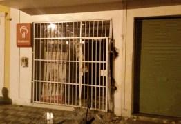Bandidos explodem agência do Bradesco de Taperoá