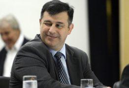 Ministro convida e Daiello aceita ficar no comando da PF