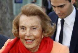 Mulher mais rica do mundo morre aos 94 anos