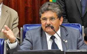 adriano galdino 300x188 - Adriano Galdino comenta eleições 2018: 'Nós temos um nome e um projeto'