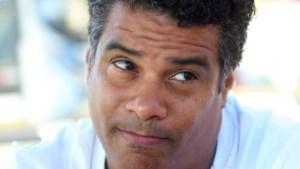 assis 300x169 - Justiça determina que Flamengo pague R$ 2 milhões a irmão de Ronaldinho Gaúcho