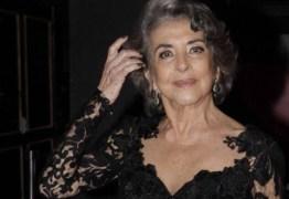 CONECTADA: 'Sigo o Felipe Neto', diz Betty Faria