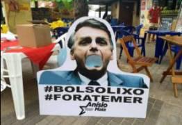 'BOLSOLIXO': Deputado paraibano instala lixeiras com foto de Bolsonaro
