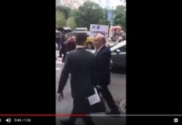 VEJA VÍDEO: Aos gritos, ministro da Fazenda Henrique Meirelles é hostilizado em NY