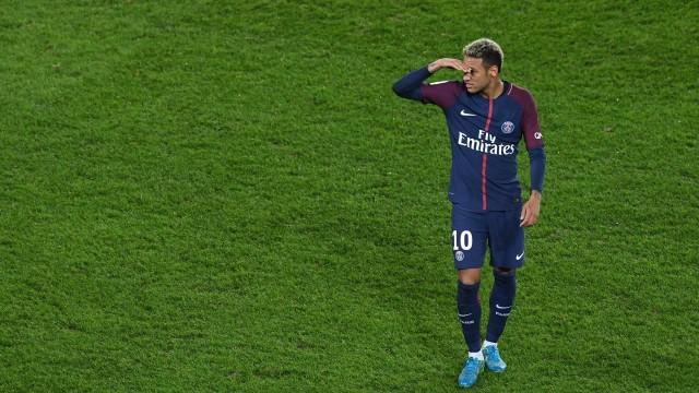neymar 4 - Neymar não se recupera de problema na coxa e desfalca PSG