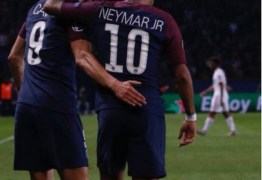 """Após show do PSG, Neymar minimiza atritos com Cavani: """"Está tudo resolvido"""""""