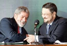 Após Palocci comparar PT a seita e atacar Lula, dirigentes petistas falam em 'traição'