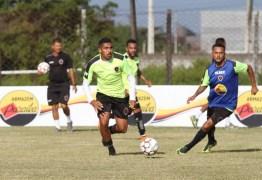 Meia do Botafogo-PB projeta títulos com o time para 2018