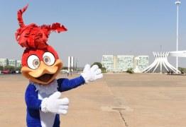 Pica-pau passeia por Brasília para divulgação de filme
