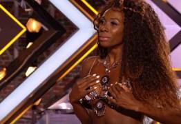 VEJA VÍDEO: Brasileira tira a roupa em reality show britânico e deixa jurados assustados